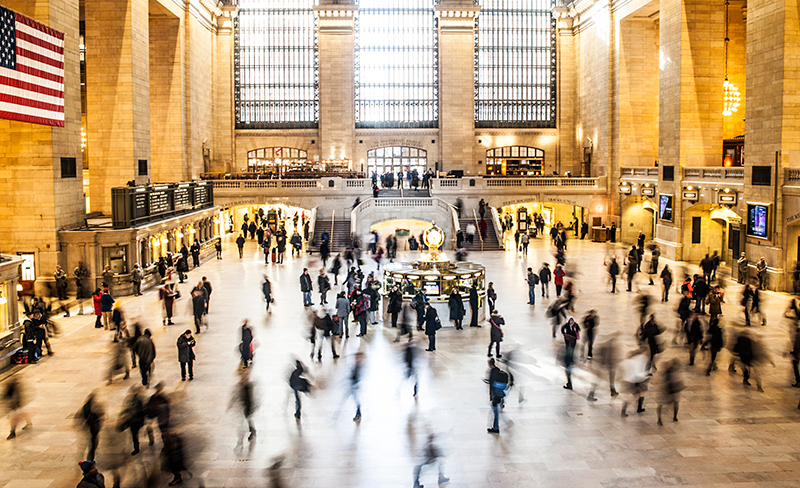 People rushing around Union Station