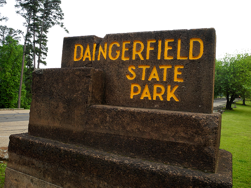 Daingerfield State Park sign